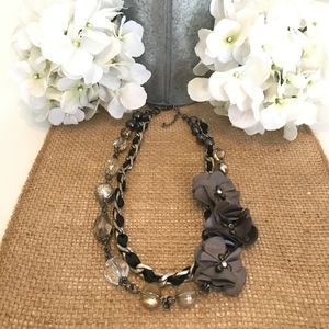 Adorable New York & Company Flower Chain Necklace